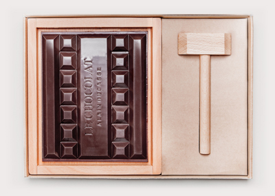 The chocolate block and accessories