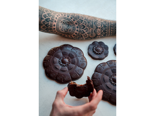 Large Tattoo Flower Dark - Cedric Grolet | Le Chocolat Alain Ducasse
