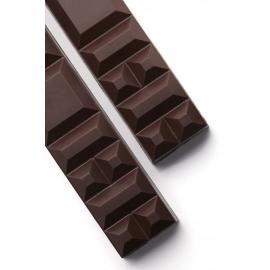 Barre de chocolat noir à croquer
