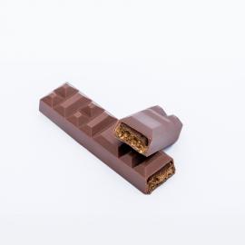Barre de chocolat au lait à croquer